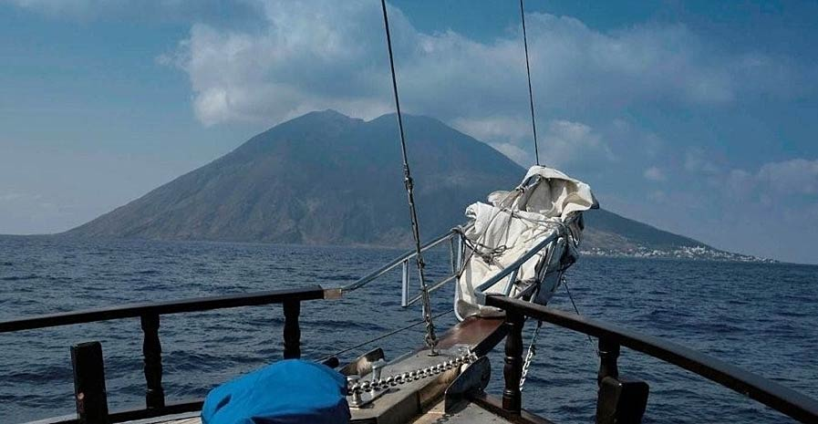In Italy Tours Aeolian Islands Cruise